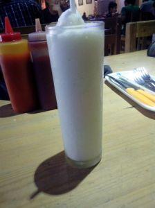 Milk Shake Vanilla Gill's Cafe